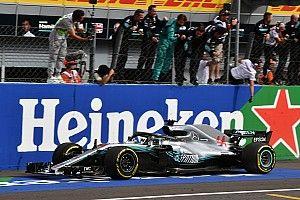 WK-stand: Hamilton vergroot gat naar Vettel tot dertig punten
