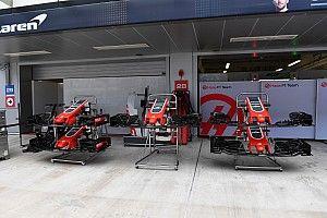 В гараже Haas произошел пожар, пострадали два комплекта шин