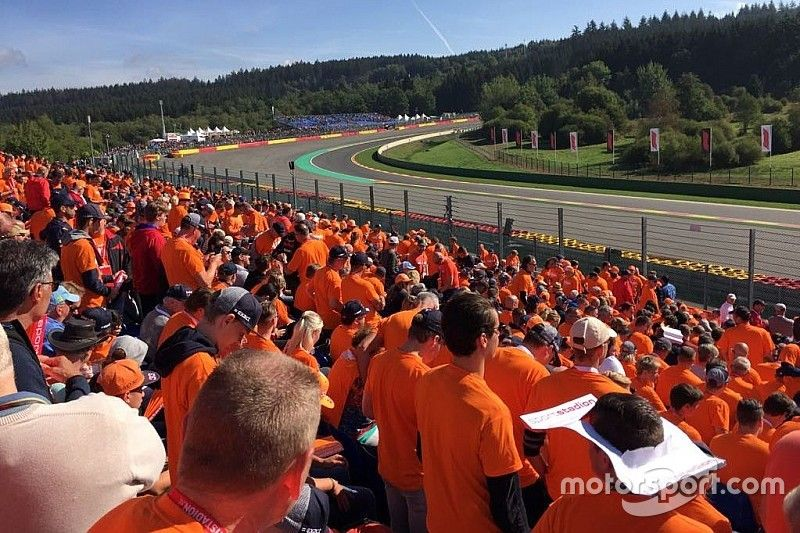 F1 fans soak up orange atmosphere with Motorsport Experiences