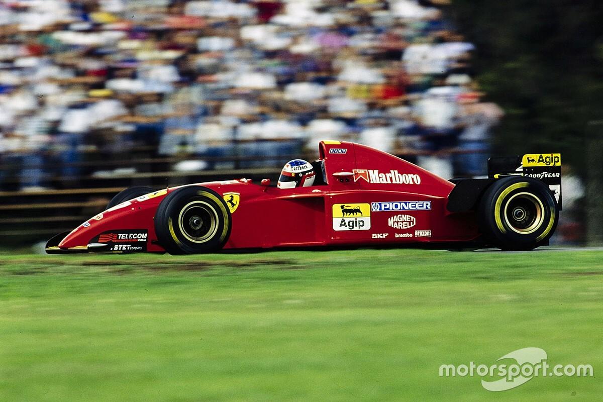 Ilyen egy 25 éves F1-es Ferrarival az új F1-es nagydíj helyszínén: álom, édes álom - VIDEÓ