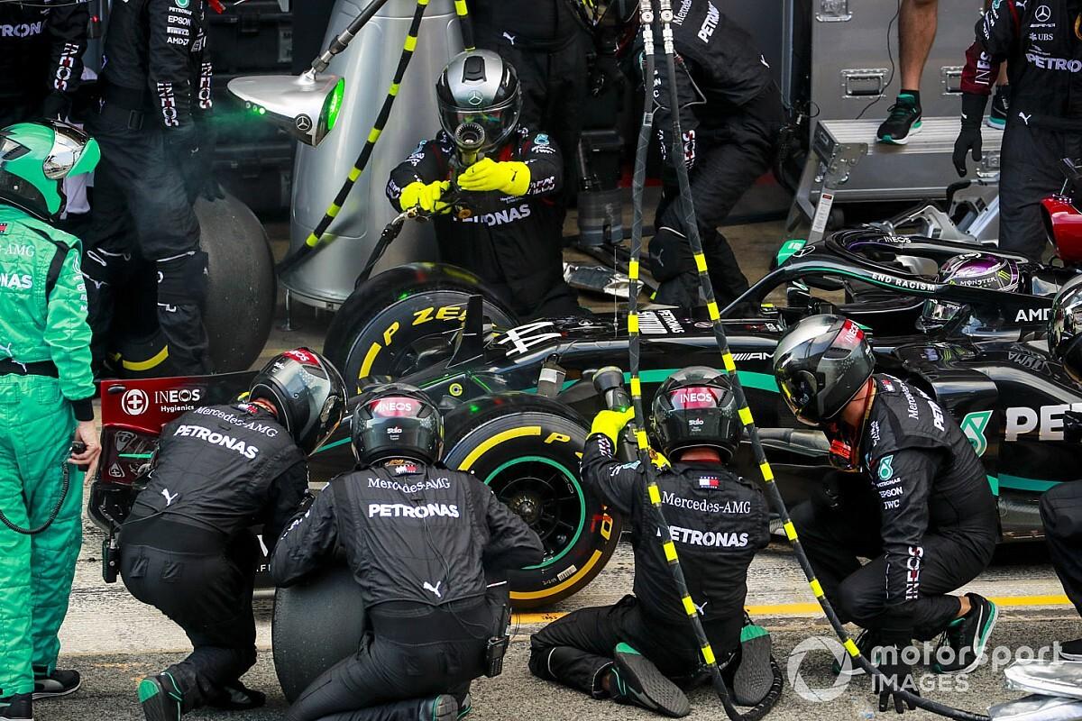 Kultura pracy i sukcesy Mercedesa