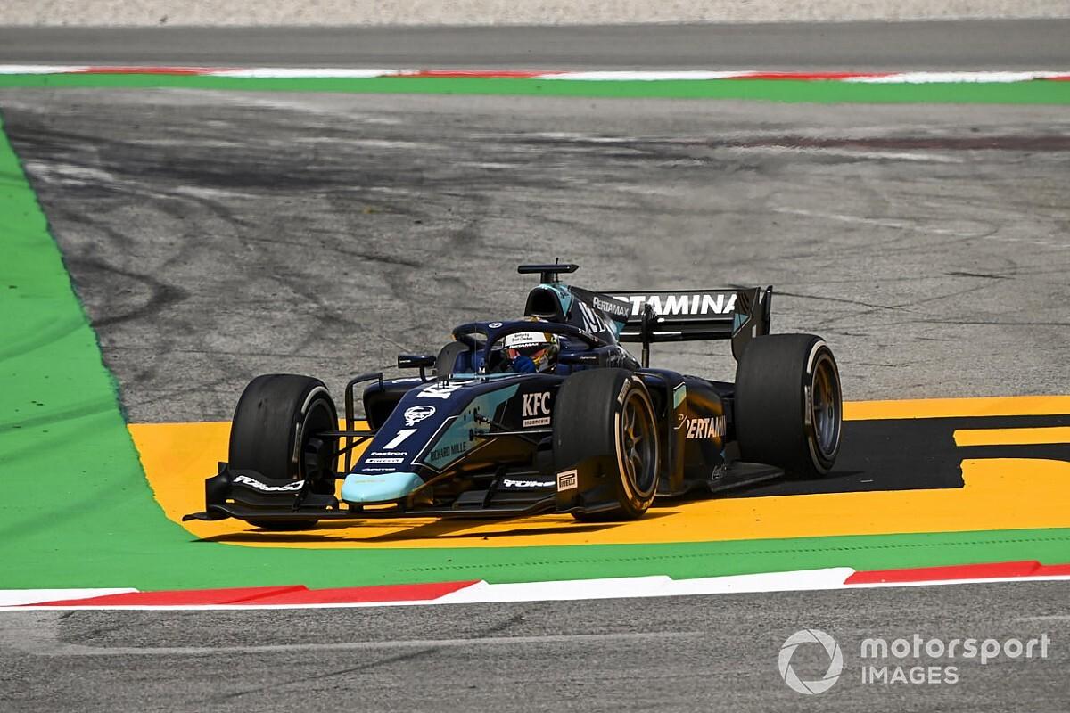 Piloto de F2 no competirá el domingo por fractura