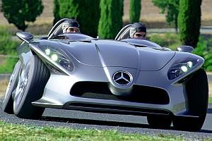 Mercedes F400 Carving, la sportiva che sa piegare