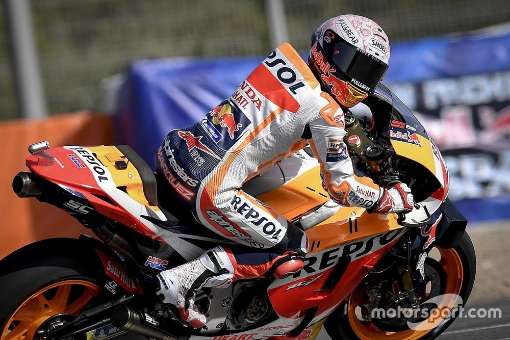 Honda начала сезон MotoGP на прошлогодних мотоциклах