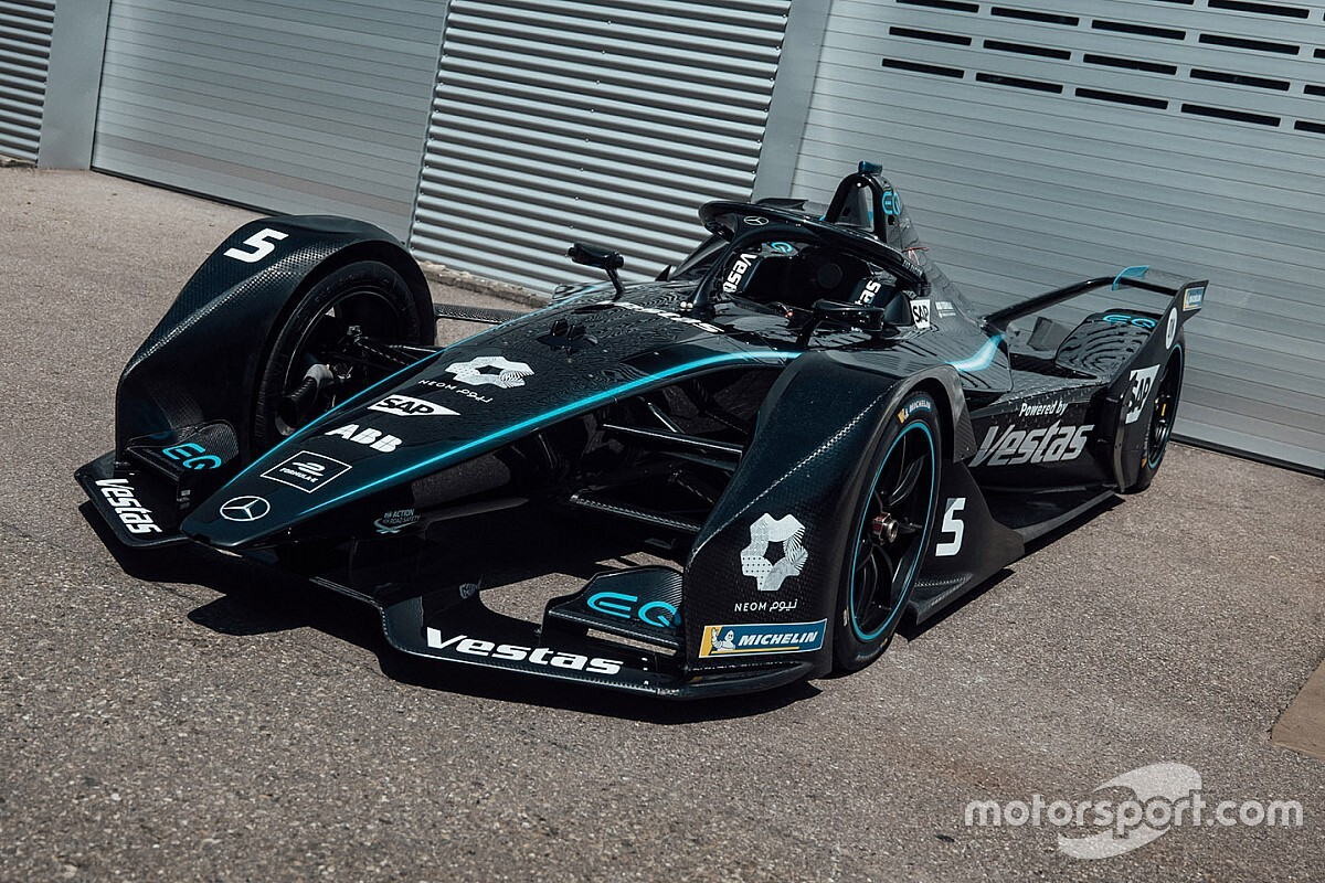 Czarne Mercedesy w Formule E