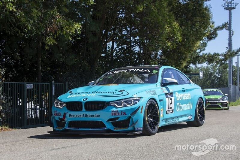 GT4 Avrupa Misano: Cem ve Yağız podyuma çıktı