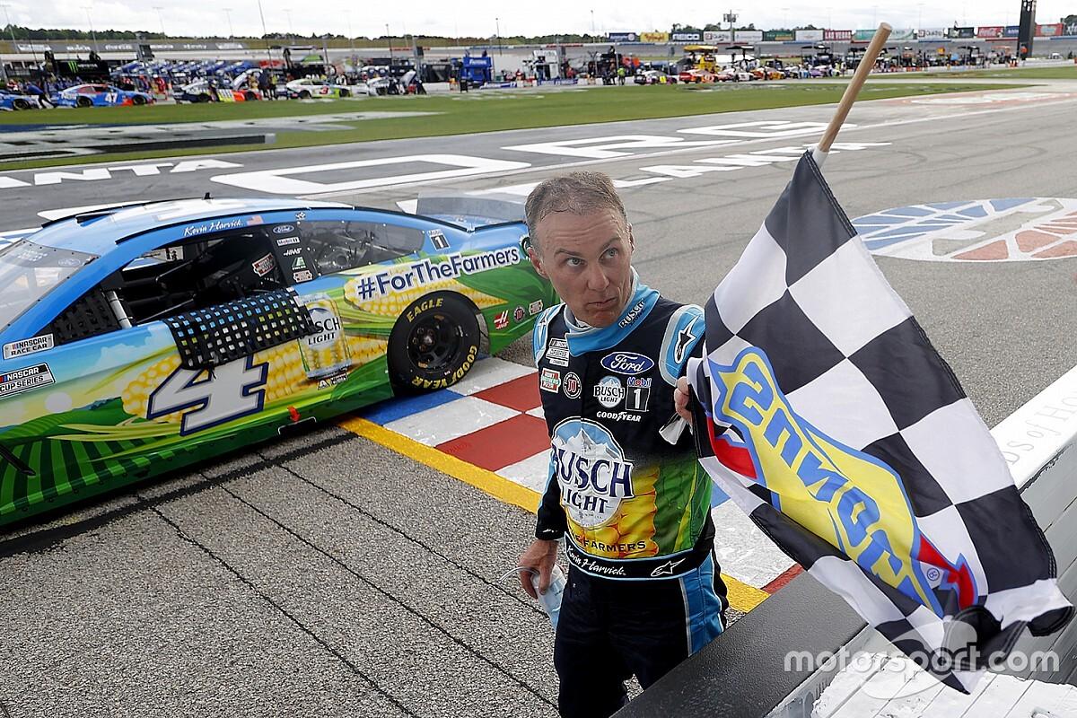 NASCAR Atlanta: Kevin Harvick siegt nach emotionalem Auftakt