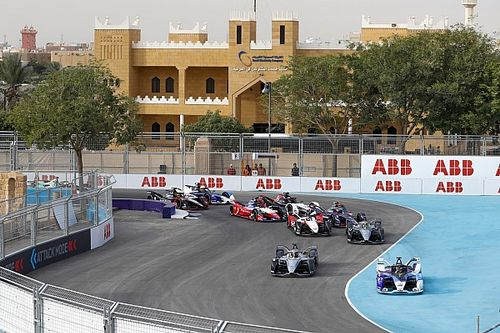 Formula E makes last-minute Diriyah track layout changes