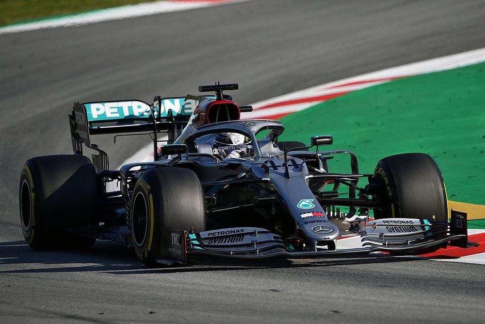 Hamilton sem bánná, ha újra ezüstbe bújna a Mercedes