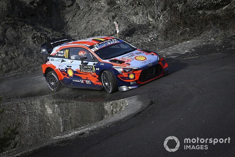 WRC, Monte-Carlo, PS11: riscatto Neuville. Ogier ed Evans pari!