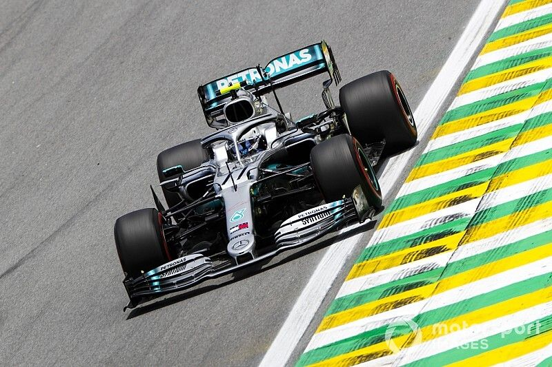 Mercedes explica el motivo de su difícil sábado en Brasil