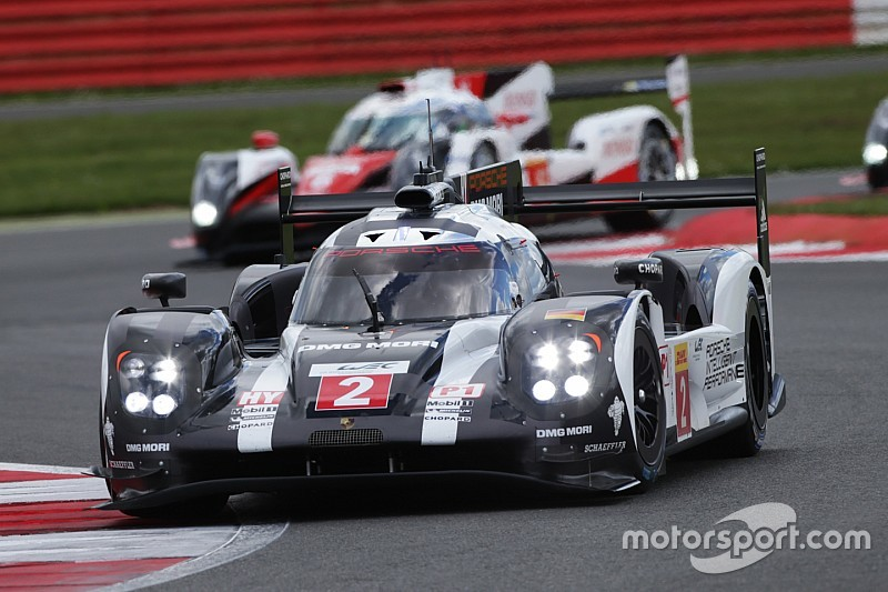 """Porsche's Jani frustrated by """"race-deciding"""" Silverstone traffic"""