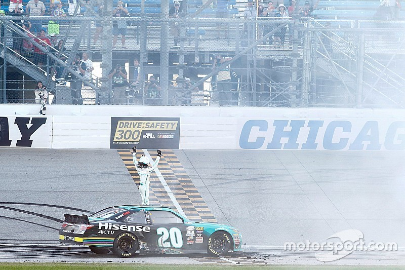 Erik Jones secures place as top Chase seed with Chicagoland win