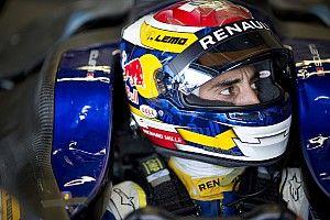 Buemi tops first day of Donington Formula E testing