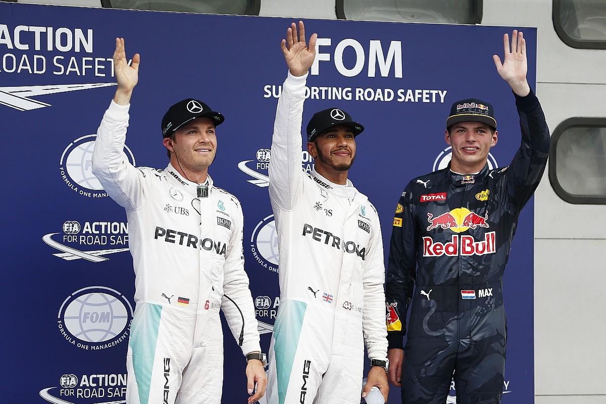 Krótszy sezon szansą Verstappena
