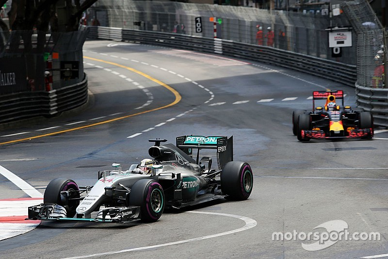 "Wolff says ""aggressive strategy"" set up Hamilton win"