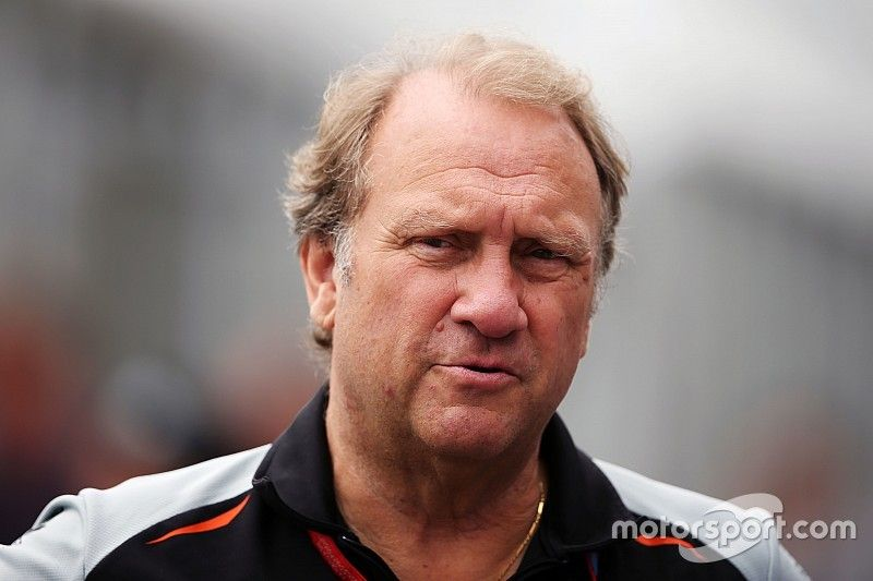 """Strategy Group presence a """"headache"""" for Force India's Fernley"""