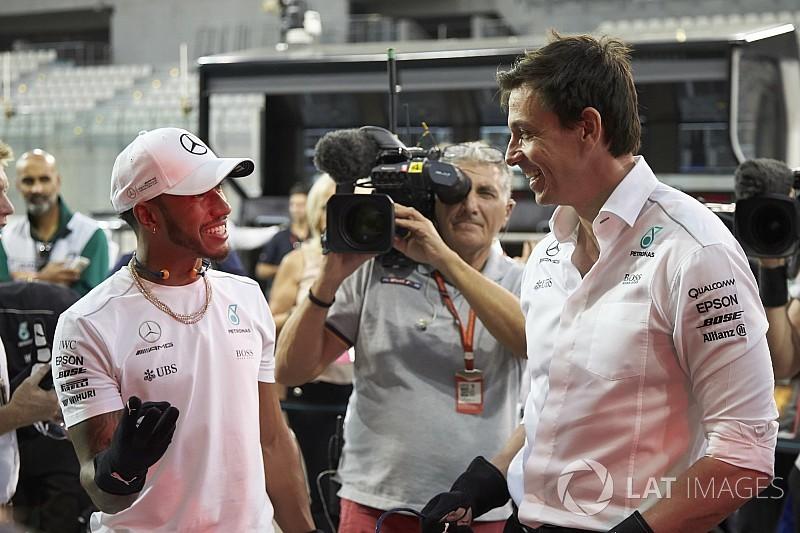 Teamchef-Abstimmung: Lewis Hamilton bester Fahrer 2017