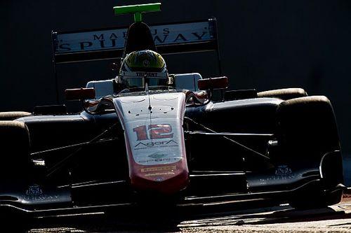 GP3 Abu Dhabi: Boccolacci wint, Schothorst loopt podiumkans mis