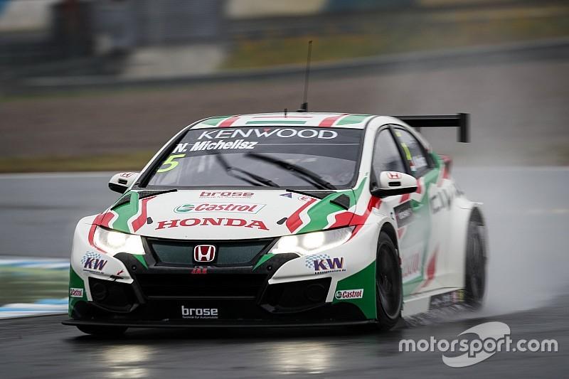 Michelisz in pole a Motegi, la Honda festeggia anche nel MAC3
