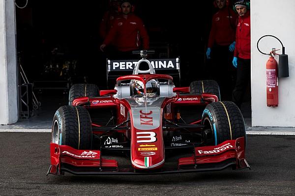 FIA F2 I più cliccati Fotogallery: lo shakedown della nuova Dallara F.2 con Halo