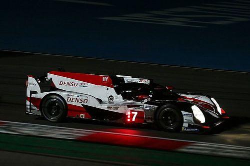 Pensando em Le Mans, Toyota testa carro com roda a menos