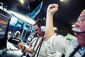 Формула 1 Топ список Галерея: емоційний сезон Mercedes у Формулі 1