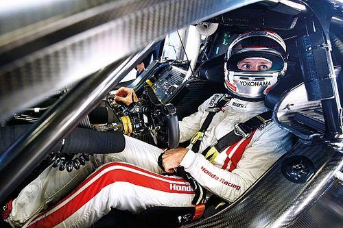 Alonso örül, hogy Button is részt vesz a Le Mans-i 24 óráson