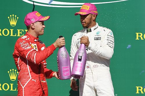 Hamilton, Vettel'in sert savunma yapmamasına şaşırmış