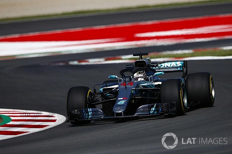 VT3: Hamilton bovenaan, problemen bij Verstappen, flinke crash Hartley