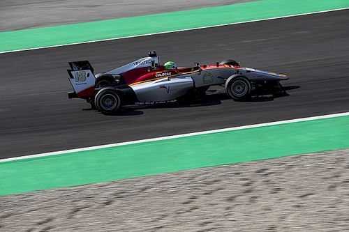 Barcelona GP3: Pulcini beats Mazepin to first pole of 2018