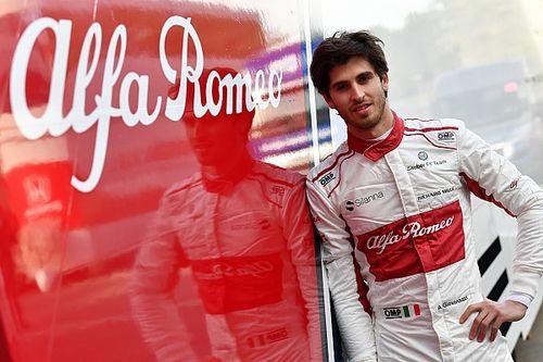 Giovinazzi partnerem Räikkönena w Sauberze