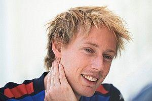 """Malgré les rumeurs et son crash, Hartley """"garde le sourire"""""""