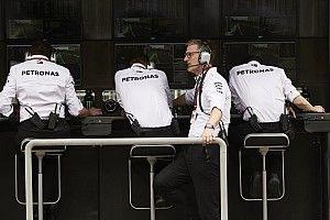 Росберг: В плане стратегии Mercedes проводит слабейший сезон