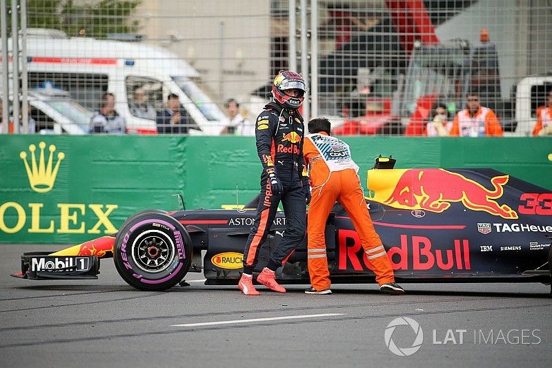 """Lauda: """"Verstappen tuvo el 70% de culpa en el accidente de Bakú"""""""