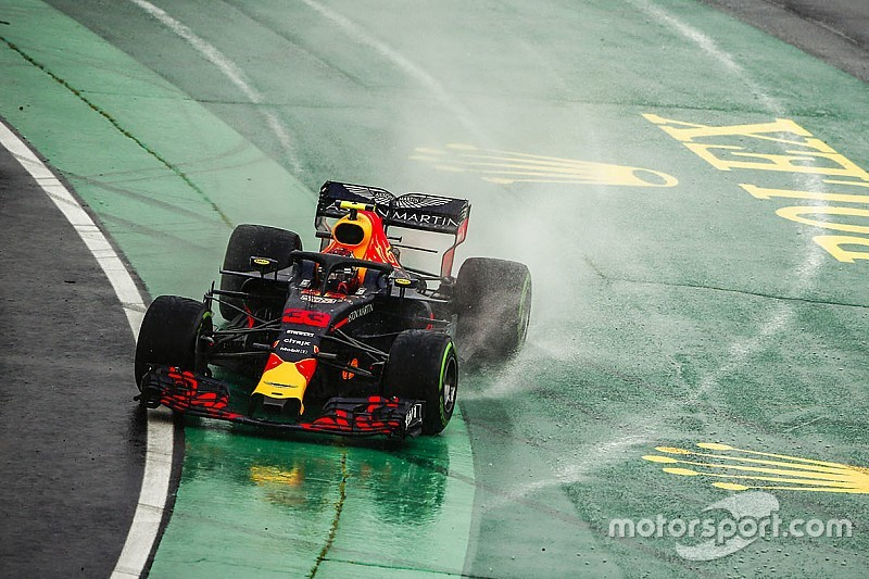 "Red Bull's 2018 car ""just doesn't work"" in wet - Verstappen"