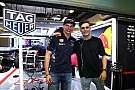 """Formule 1 Verstappen over karten met Martin Garrix: """"Voor een dj is hij best wel snel!"""""""