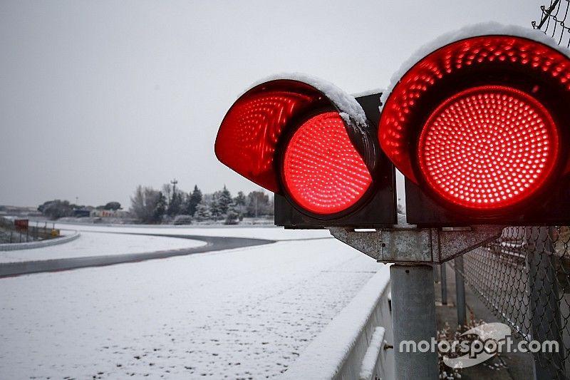 Los equipos de F1 debaten la posibilidad de cerrar a fin de año