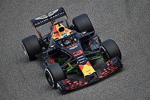 """巴林大奖赛FP1:里卡多领先""""银红两强"""",维斯塔潘遭遇引擎问题"""