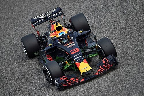 Bahrain GP: Ricciardo leads Bottas in FP1, trouble for Verstappen