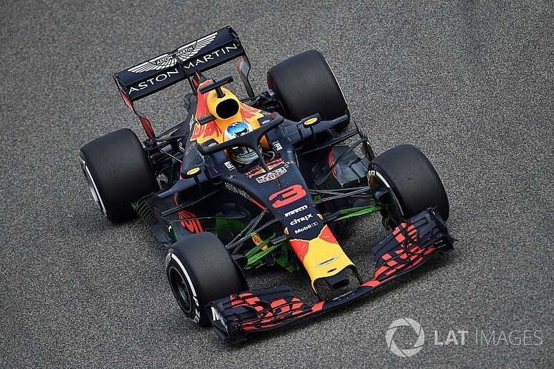 Ricciardo nyitott az élen Bahreinben a Mercedes, és a két Ferrari előtt