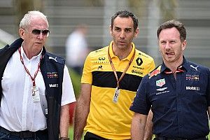 Red Bull: un mese di proroga dalla Renault per scegliere la power unit