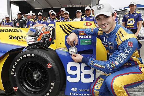 IndyCar Watkins Glen: Eerste pole voor Alexander Rossi