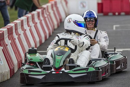 """F1-es gokartverseny Monzában: """"életre-halálra"""""""