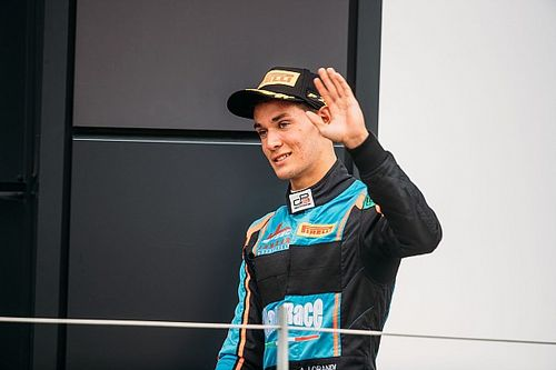 GP3 : podium pour Jenzer Motorsport, points pour Kevin Jörg