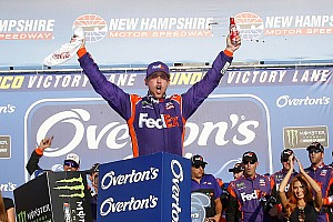 NASCAR Cup Relato da corrida Hamlin põe fim ao jejum de equipe em New Hampshire