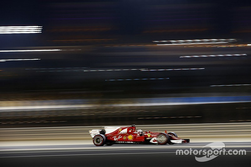 "Vettel: Jarak dengan Mercedes ""tidak seperti yang diharapkan"""