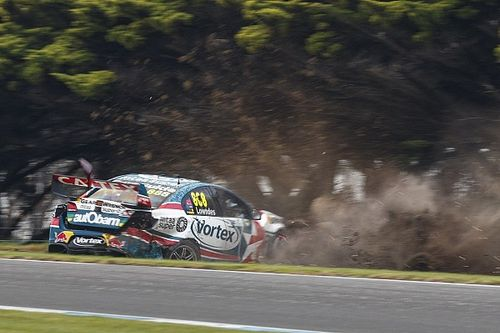 "Supercars investigating tyre issues after ""dangerous"" race"