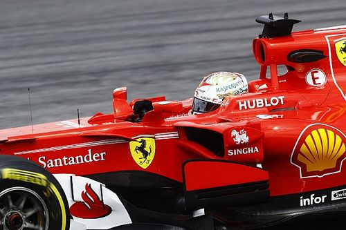 Sepang, Libere 2: Vettel svetta, due Ferrari davanti, Mercedes in crisi