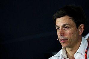 Wolff: Ritmo, e não estratégia, deu vitória à Ferrari